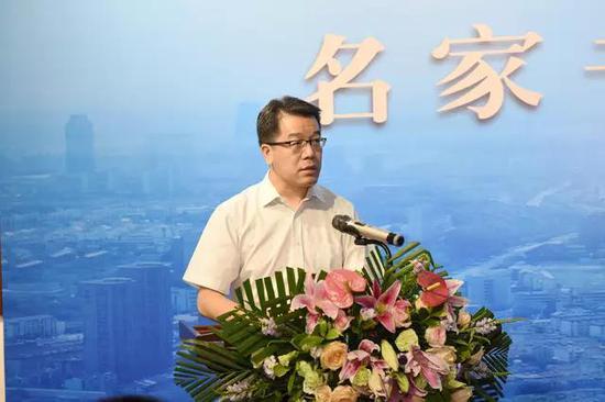 江阴市委常委、宣传部部长程政主持开幕式