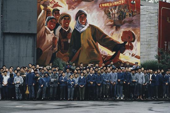 看前玛格南主席巴贝镜头下的中国