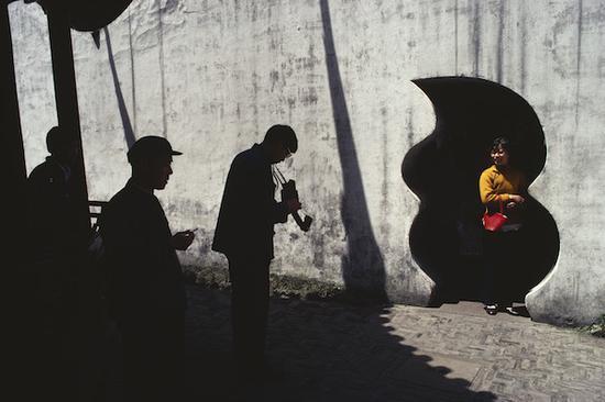 《豫园》,上海,摄影,艺术微喷,1980,100×150cm
