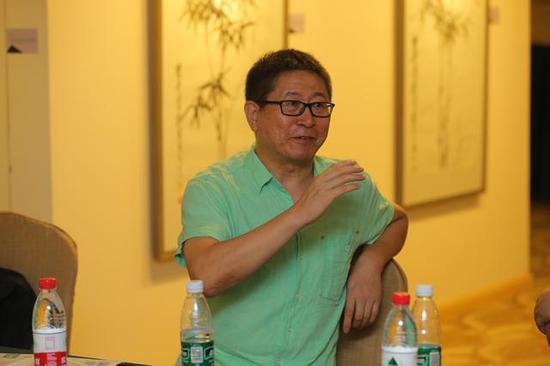 国际知名当代艺术家张朝晖
