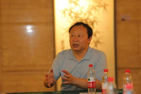 南开大学东方艺术系教授陈聿东