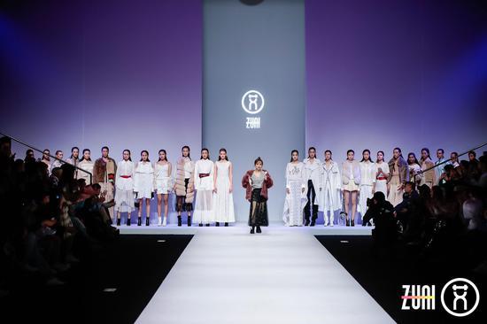 """祖艾妈""""珍艾""""宣言首秀 设计作品惊艳中国国际时装周"""