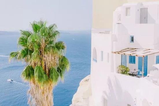 想去希腊感受爱琴海?不住悬崖酒店就亏大了