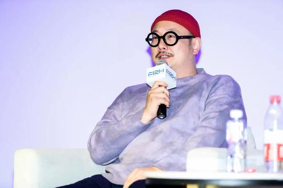 刘 毅-上海视觉艺术学院美术学院公共艺术专业担任人