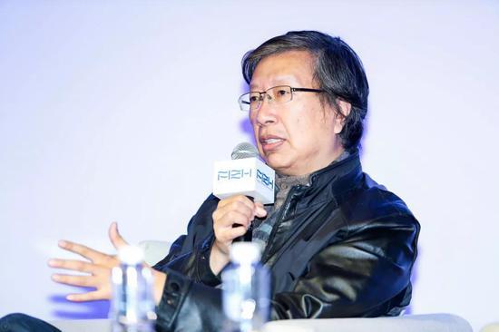 朱 刚-上海视觉艺术学院美术学院院长、原刘海粟美术馆馆长