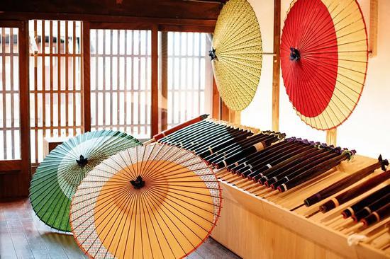 △日本的传统和伞