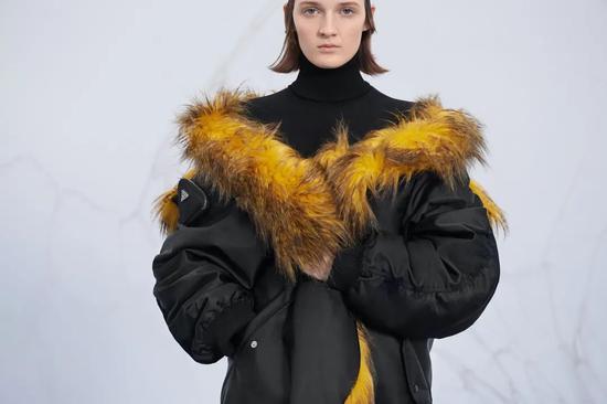 Prada2021秋冬女装系列