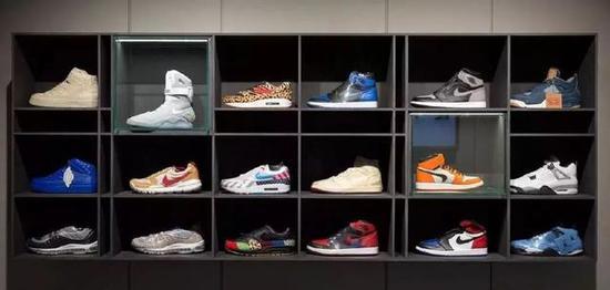 天价球鞋背后,谁在消费直男的购买力?|椰子|耐克|潮鞋