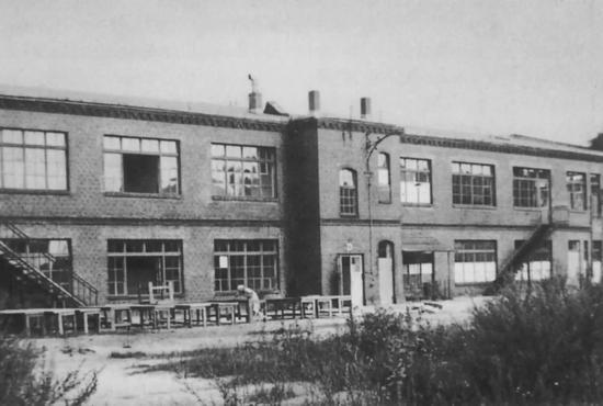 ▲柏林废弃电话工厂©Howard Dearstyne1932年