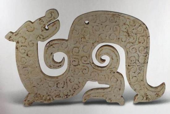 玉龙形佩 战国 杭州博物馆藏