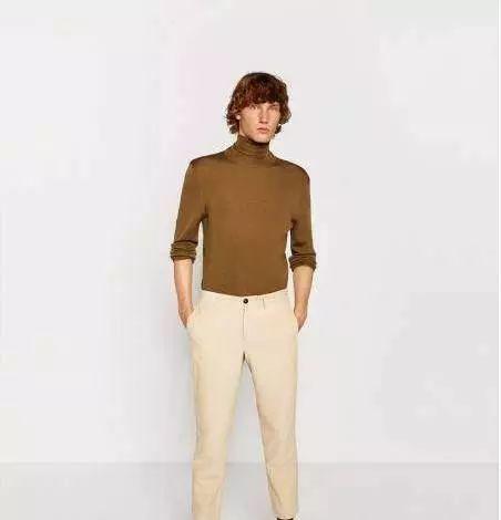 款式4:男式针织衫+灰色休闲裤