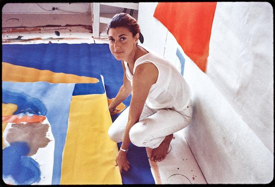 海伦·佛兰肯瑟勒的色彩表达