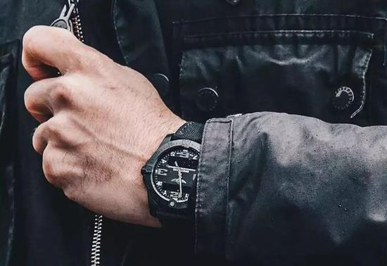 这些腕表一看就是年轻有为