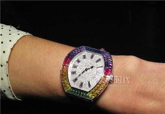 法穆兰彩虹圈腕表