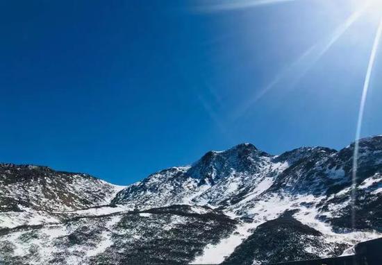 去看香生绛雪,罗浮仙境的梵净山。