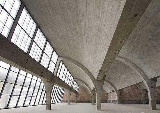 佩斯北京画廊内部的庞大空间