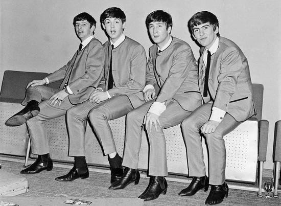 ▲穿着切尔西靴的The Beatles