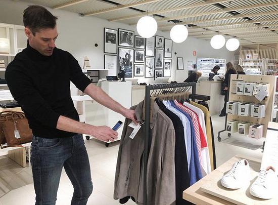 H&M在斯德哥尔摩的概念店 图片来源:路透社