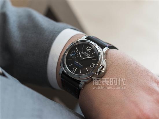 沛纳海LUMINOR 1950系列PAM00724腕表,售价49,600元人民币