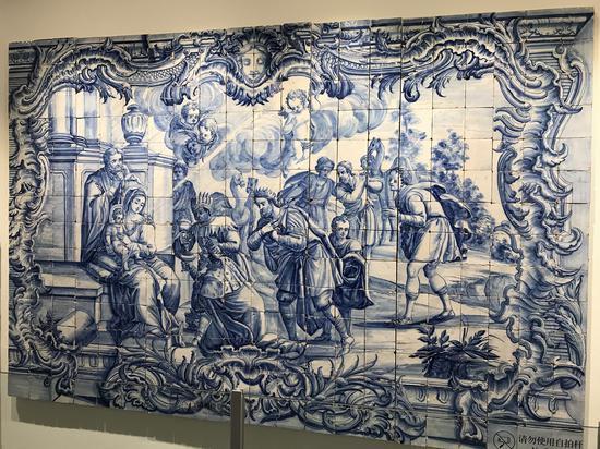 """▲""""三博士朝圣""""图案瓷板画(1760-1770)"""