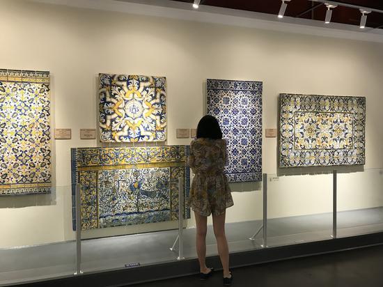 贯穿葡萄牙瓷板画500余年