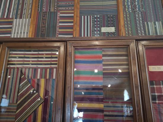 展厅陈列的高加索地区特有织品