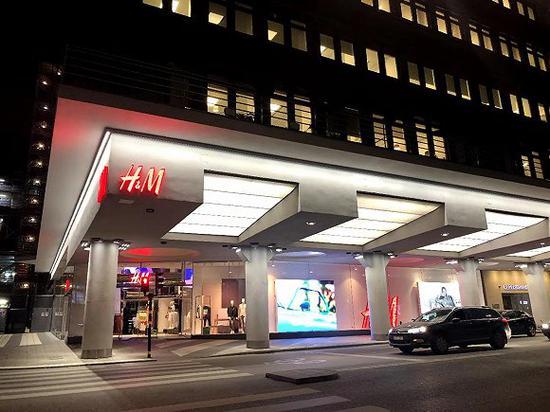 H&M斯德哥尔摩旗舰店(拍摄:加琳玮)