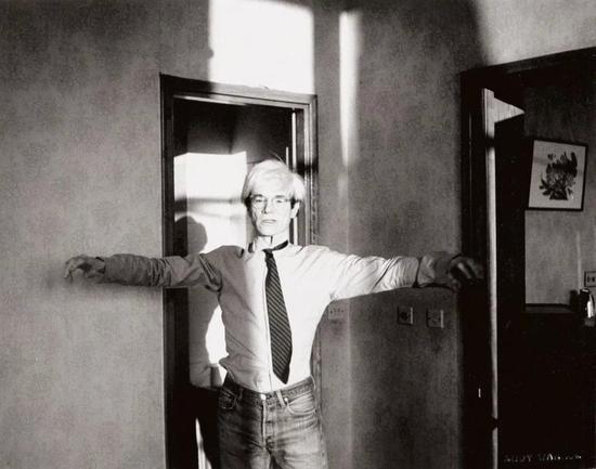 安迪·沃霍尔,《安迪·沃霍尔》,1982,图片致谢富艺斯