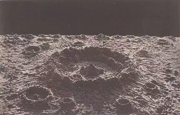 James Nasmyth制作的月表石膏模型照片