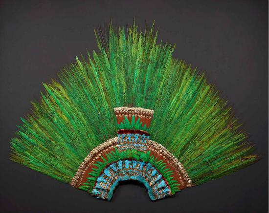 Aztec羽毛头饰