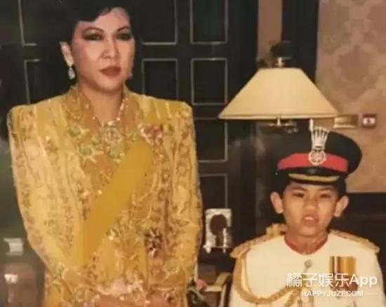 最重要的一点是,Mateen还是王子当中仅存的到适婚年龄却仍旧单身的一个。