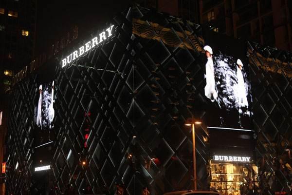 受疫情影响 Burberry关闭近一半中国门店并延迟上海大秀
