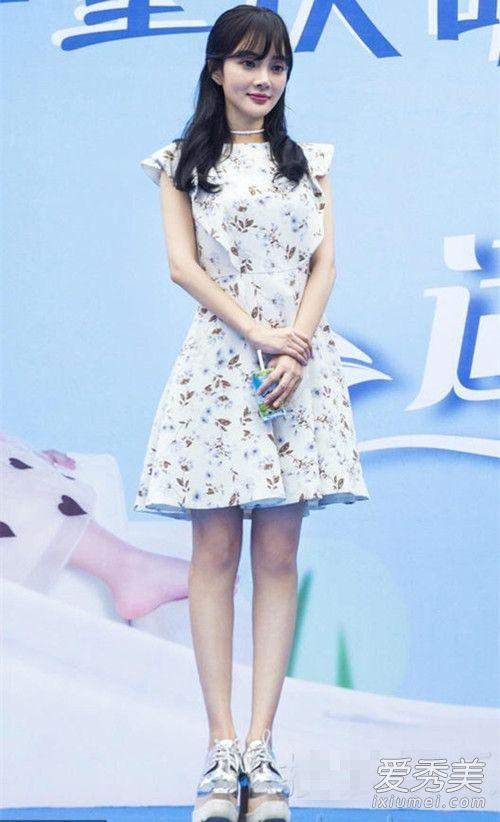 赵丽颖刘雯刘亦菲 女星早秋裙装搭配 明星秋季服装