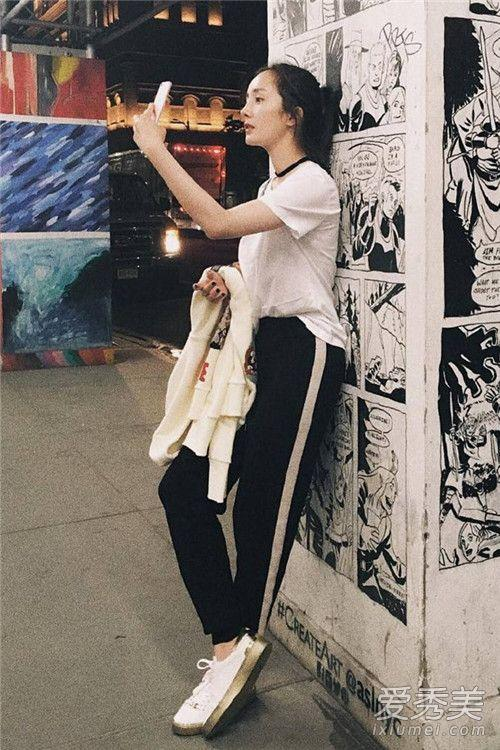 杨幂穿衣搭配图片 秋天学她穿准没错 杨幂街拍图片