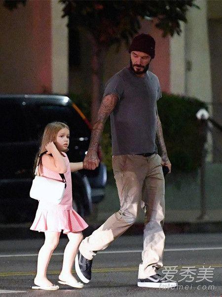 看贝克汉姆与小七的日常 真是受到一万点暴击 贝克汉姆女儿照片