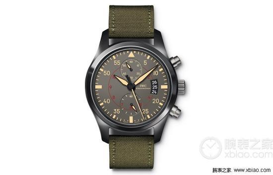 万国飞行员系列IW388002腕表