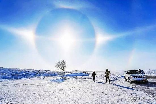赤峰是中国北方一座神奇而美丽的草原城市。但冬天前往,寒气逼人,沿途看不到草原美景,驱使人们前往的,只有那些蒸汽火车。