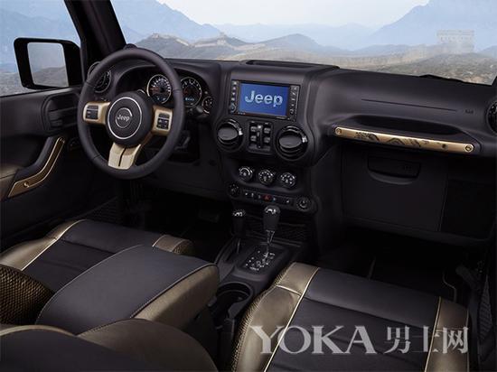 日产GT-R中国龙特别版