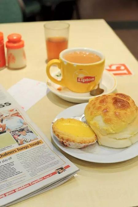港式茶餐厅下午茶标配:蛋挞+菠萝油
