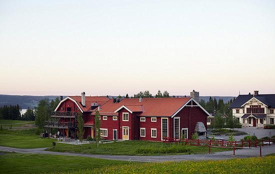考虑到餐馆距离市区较远,这里还提供了住处 图片来源:Erik Olsson