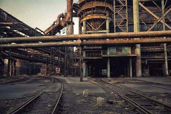 △炉火熄灭,首都的钢铁巨人走了