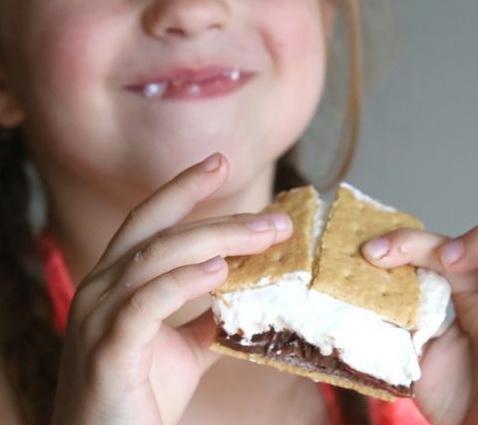 很多人不喜欢吃棉花糖,甜又不够直接。