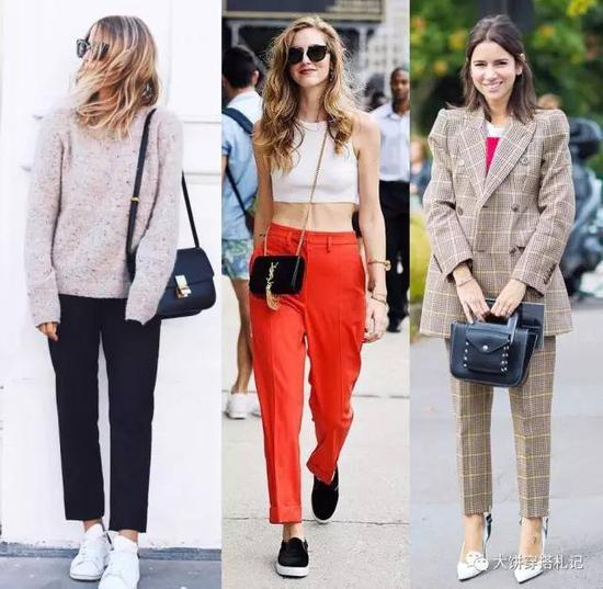从面料上看,同样是小直筒,西装料比较职业,牛仔料比较休闲;从裤长上看,加长款凸显气场,八九分长度的则年轻随意。