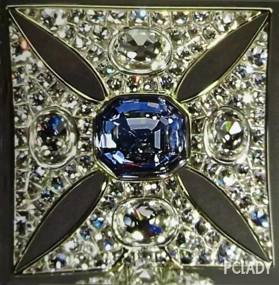 圣.爱德华蓝宝石