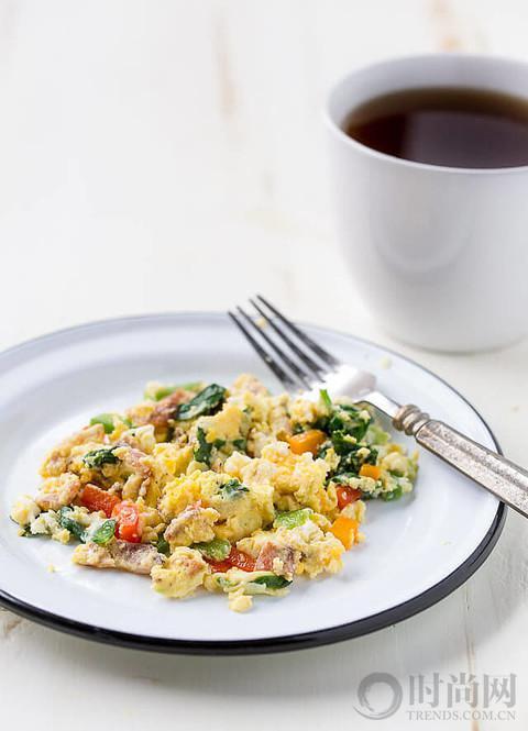 椰子粉煎饼和鸡蛋