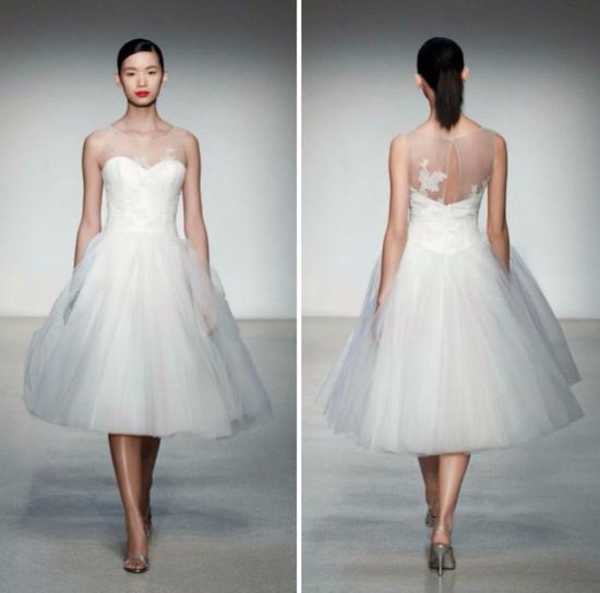 短款的芭蕾舞裙式婚纱