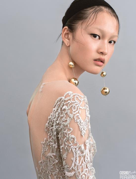 珠片刺绣婚纱MikaelD