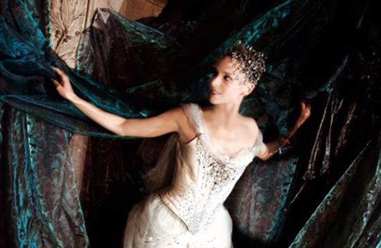 设计师ChristianLacroix在2011年设计的芭蕾舞裙。