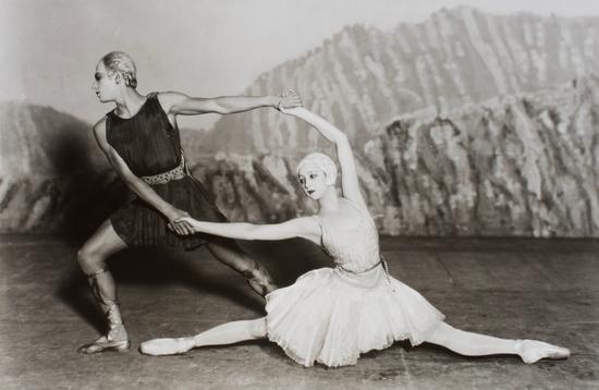 CocoChanel在1928年设计的芭蕾舞裙。
