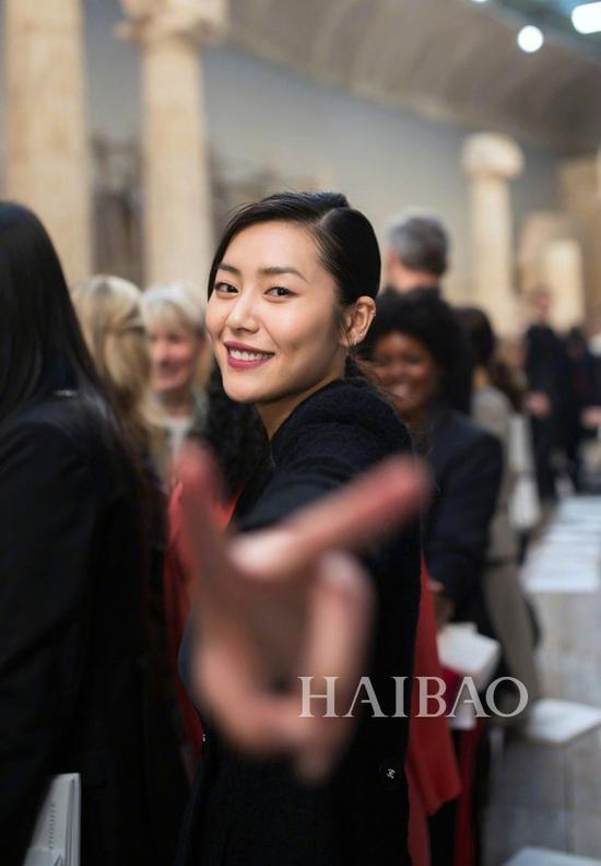 刘雯 Chanel 2017/18早春秀场造型